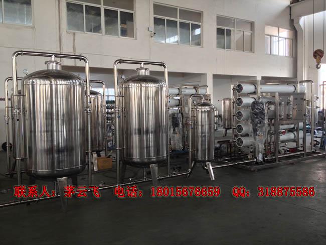 实拍桶装纯净水生产线设备---产量每小时150桶